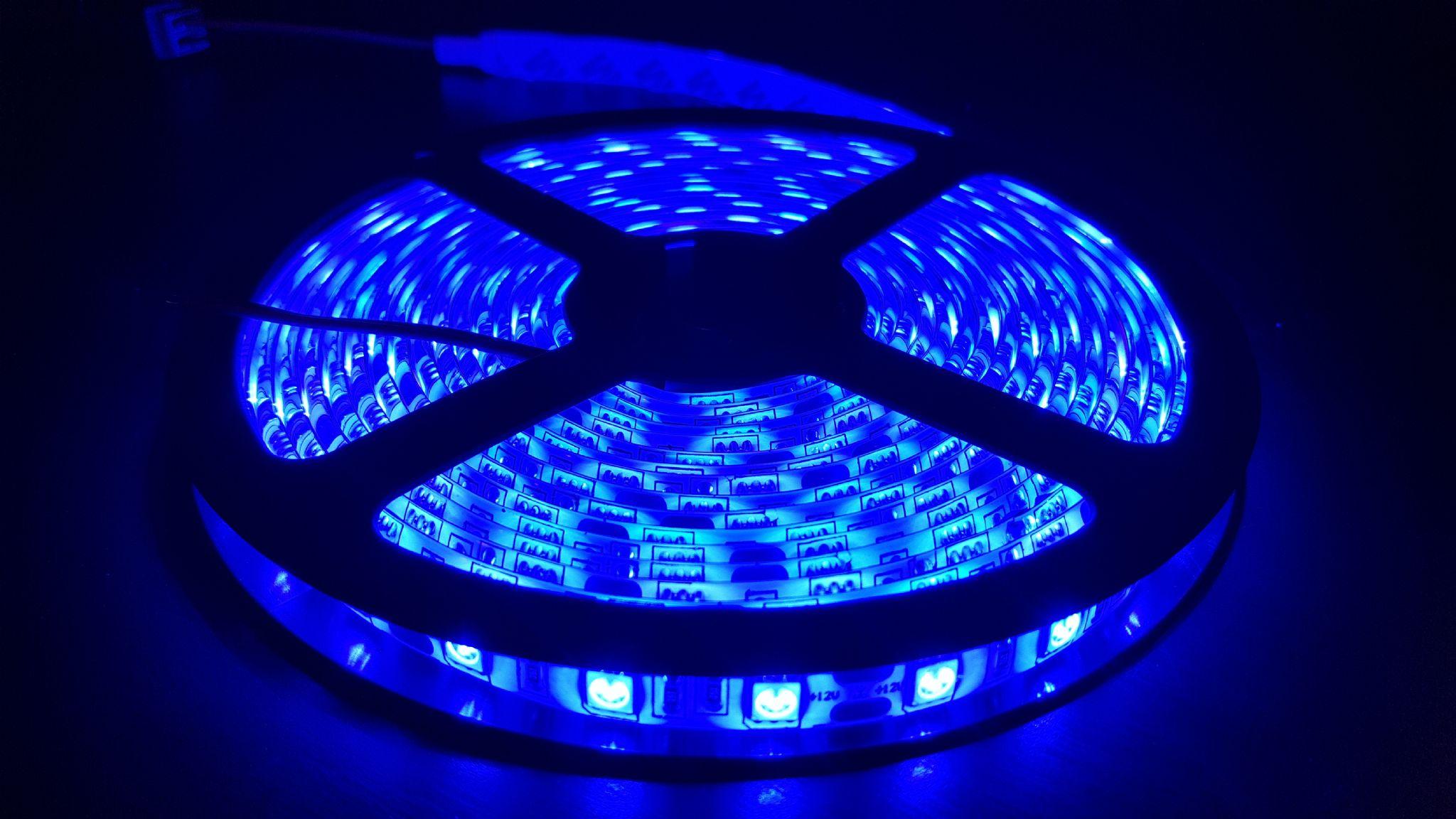 tira led azul